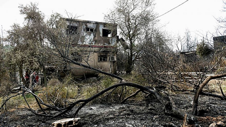 A view of the damage caused to homes in Mevo Modi'im due to a forest fire on May 24, 2019. Photo by Avi Dishi/Flash90.