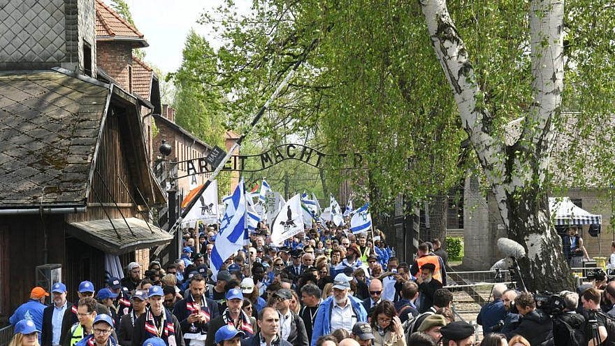 More than 10,000 Jewish and non-Jewish youth from 40 countries and dozens of Holocaust survivors and dignitaries from around the world participated in the 31st annual International March of the Living. Credit: March of the Living.