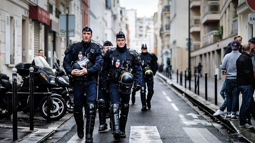 French anti-riot police. Credit: Flickr.