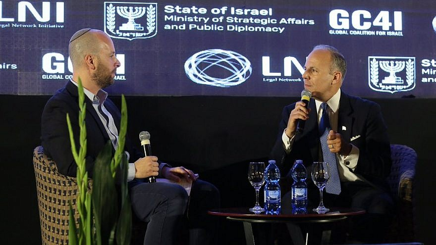 U.S. Special Envoy to Monitor and Combat Anti-Semitism, Elan Carr speaking at the Annual Global Coalition 4 Israel (GC4I) Forum in Jerusalem. Carr made a series of remarks on the worrisome rise of anti-Semitism and its ties to the BDS movement. Credit: Israel's Strategic Affairs Ministry via Twitter.