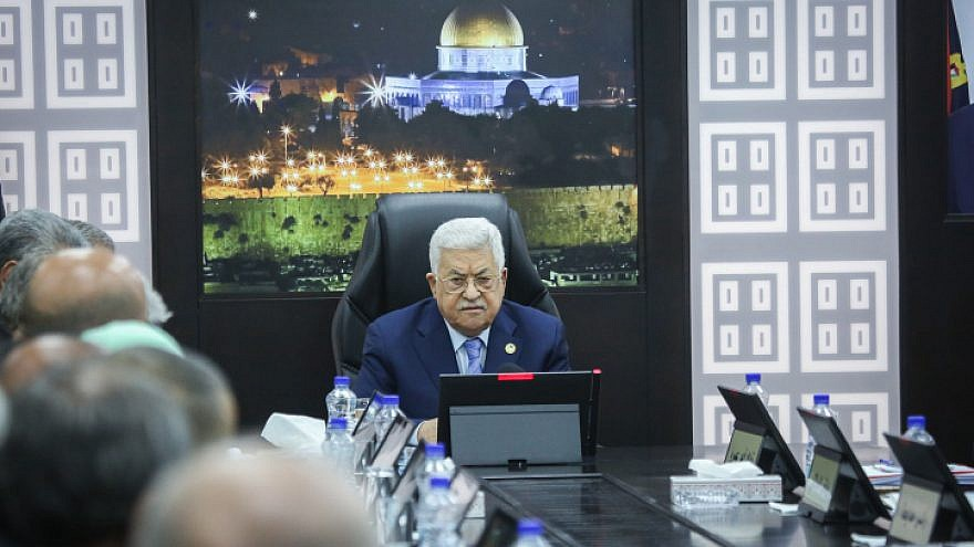 Palestinian Authority leader Mahmoud Abbas presides over a meeting of the Palestinian government in Ramallah on April 29, 2019. Photo by Flash90.