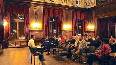 Rabbi David Szychowski gives a lecture on Jewish topics in Lodz, Poland, June 2019. Photo by Natalia Soral.