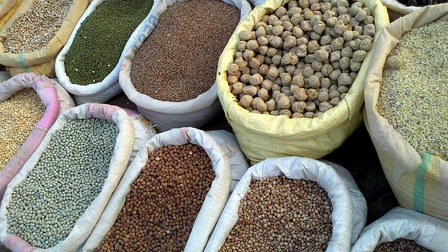 Grains are included in the traditional dairy dishes associated with the holiday of Shavuot. Credit: Wikimedia Commons.
