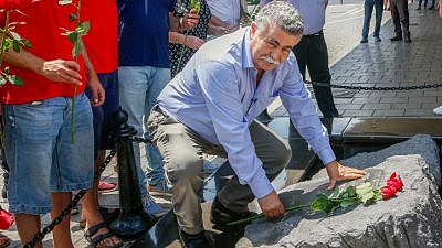 Labor Party chairman Amir Peretz visits a monument dedicated to late Israeli Prime Minister Yitzhak Rabin in Tel Aviv on July 1, 2019. Photo by Roy Alima/Flash90.