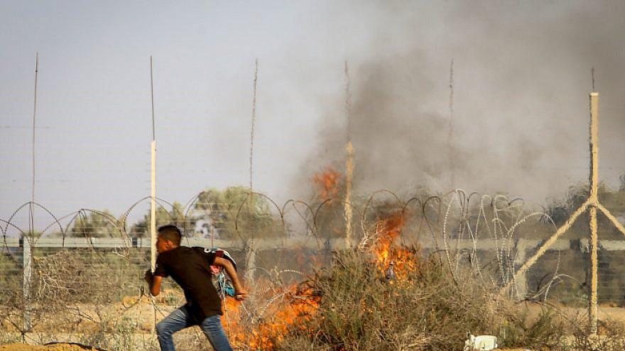 Palestinians clash with Israeli security forces along the Israel-Gaza border on July 5, 2019. Photo by Abed Rahim Khatib/Flash90.