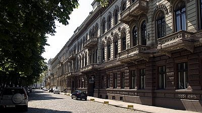 The Londonskaya Hotel on Odessa's Primorsky Bulvar is one of the city's landmark buildings. Credit: Wikimedia Commons.