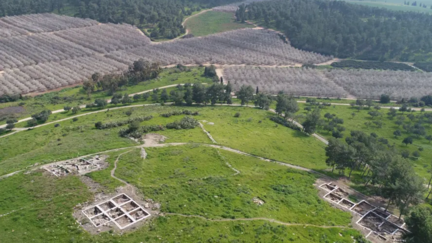 Aerial view of the archaeological site at Khirbet a-Ra'i, where researchers believe they have located the biblical city of Ziklag. Source: Emil Alagem/Israel Antiquities Authority.