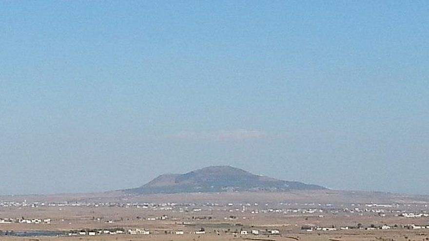 Tel al-Hara in the Hauran plain, seen from the Golan Heights, on Sept. 11, 2014. Credit: Mati Shaller via Wikimedia Commons.