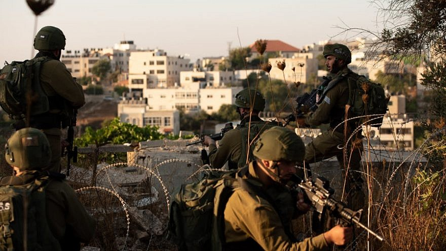 Israeli troops search for the terrorists responsible for the murder of 17-year-old Rina Shnerb, Aug. 23, 2019. Photo: IDF Spokesperson's Unit.