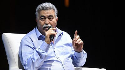 Labor-Gesher Party chairman Amir Peretz speaks at the Be Free Israel organization conference on Aug. 14, 2019. Photo by Flash90.