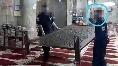 In this image, uploaded to Facebook by the Hamas-affiliated Shehab News Agency on Aug. 18, 2019, the Israeli police officer that shot a terrorist in self-defense in Jerusalem's Old City on Aug. 15 is singled out with a blue circle. The officers' faces have been blurred for their protection. Photo: Screenshot.