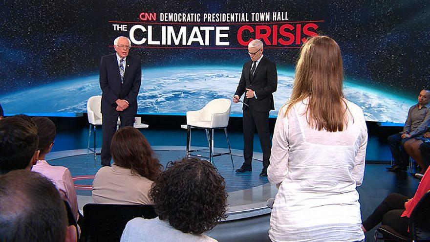 Vermont Sen. Bernie Sanders speaking at the CNN Climate Change town hall. Source: Screenshot.