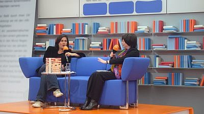 British-Pakistani author Kamila Shamsie (left) speaking at an event in Germany. Credit: Flickr.