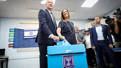Blue and White Party leader Benny Gantz casts his ballot at a voting station in Rosh Ha'ayin on Sept. 17, 2019. Photo by Noam Revkin Fenton/Flash90.