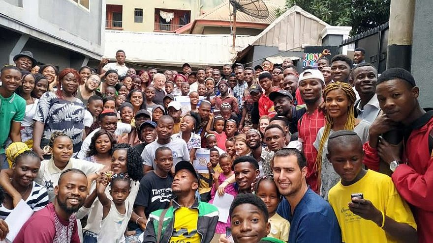 More than 250 Nigerian youth gathered in the city of Onithsa, Nigeria, for a Jewish leadership and learning seminar organized by the Jerusalem-based Shavei Israel organization, August 2019. Photo by Ron Manne/Shavei Israel.