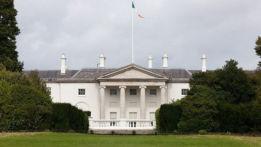 Áras an Uachtaráin, the official residence of the president of Ireland in the capital of Dublin, Aug. 28, 2010. Credit: William Murphy via Wikimedia Commons.