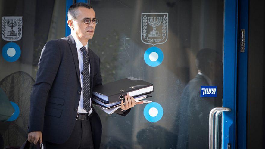 Israeli Prime Minister Benjamin Netanyahu's attorney Yossi Ashkenazi arrives at the Justice Ministry in Jerusalem on Oct. 2, 2019. Photo by Noam Revkin Fenton/Flash90.