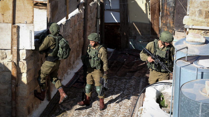 Israeli troops take position around the Cave of the Patriarchs in the Old City of Hebron in the West Bank on Oct. 30, 2019, after a Palestinian woman attempted to stab an Israeli soldier, and was shot and arrested. Photo by Wisam Hashlamoun/Flash90.