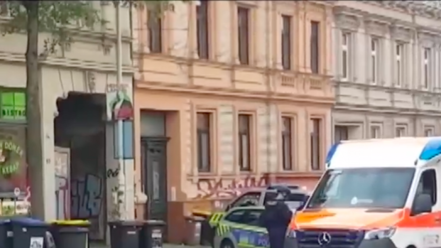 Police respond to a shooting at a synagogue in Halle, Germany, on Yom Kippur, Oct. 9, 2019. Source: Screenshot.
