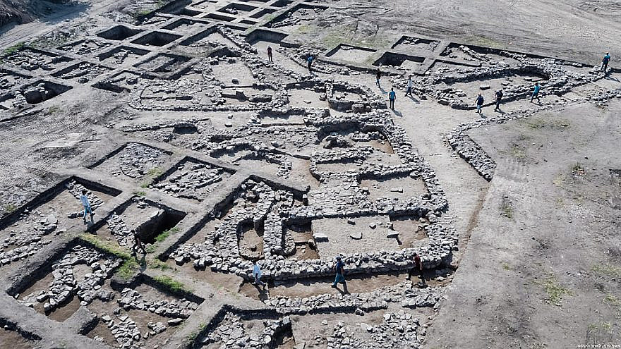 The remains of a 5,000-year-old city unearthed near Ein Iron in northern Israel. Credit: Assaf Peretz, Israel Antiquities Authority.