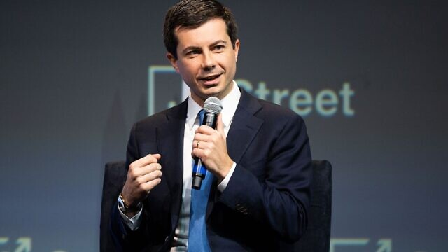South Bend, Ind., Mayor Pete Buttigieg, a 2020 Democratic presidential candidate, speaks at the annual J Street Conference in Washington D.C., on Oct. 28, 2019. Credit: Michael Brochstein/Split Stone Media.