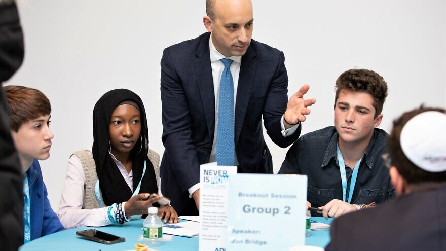 "Jason Greenblatt, CEO and national director of the Anti-Defamation League, with students at the ""Never Is Now"" conference in New York, November 2019. Source: Facebook."