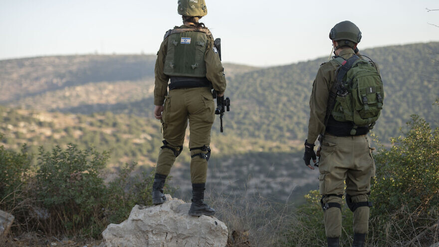Israeli forces are searching for a man who fled the scene after stealing a gun from a home in the Israeli settlement of Alonei Shilo in the West Bank, Nov. 4, 2019. Photo by Sraya Diamant/Flash90.