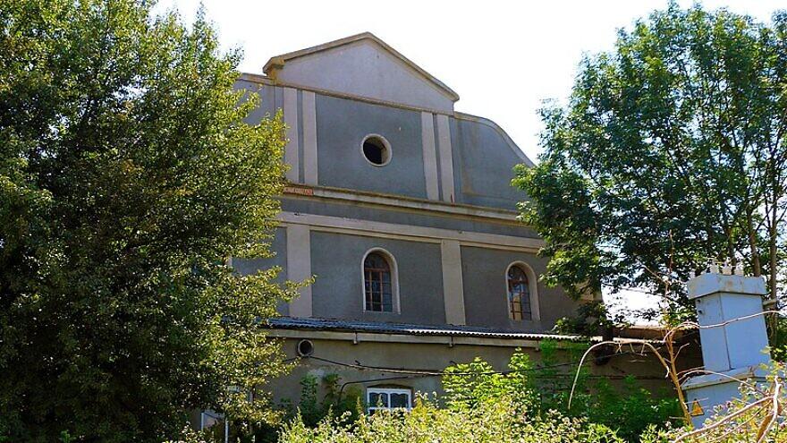 The Great Synagogue in Illintsi, Ukraine. Credit: Wikimedia Commons.