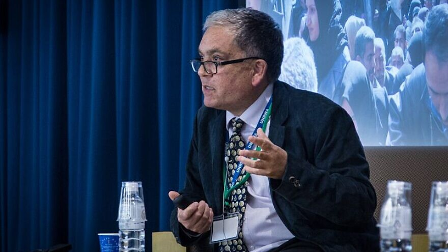 UNRWA spokesperson Chris Gunness speaks at the 2014 International Media Seminar on Peace in the Middle East at Sophia University in Tokyo, on June 9, 2014. Photo: United Nations / John Gillespie via Wikimedia Commons.