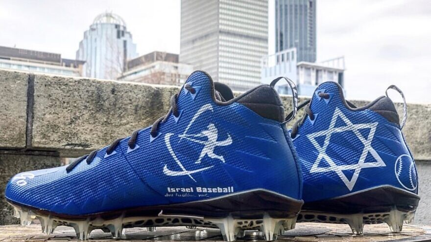 New England Patriots wide receiver Julian Edelman wore these cleats on Dec. 8, 2019 in support of baseball in Israel. Credit: Julian Edelman/Instagram.