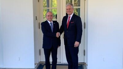 Israeli National Security Adviser Meir Ben-Shabbat and U.S. National Security Advisor Robert O'Brien meet at the White House on Dec. 19, 2019. Source: Prime Minister of Israel via Twitter.