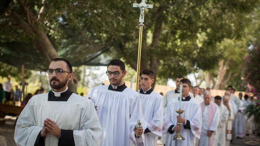 Latin clergy members begin their procession during the large mass held at the Deir Rafat Monestary on Oct. 30, 2016. Photo by Hadas Parush/Flash90.