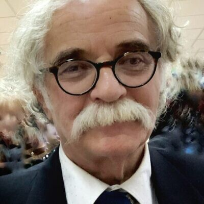 Dr. Alex Bernath