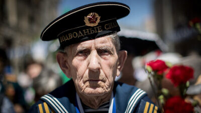 Russian-Israeli World War II veterans take part in the Veterans Day parade in Jerusalem in honor of the Allies' victory over Nazi Germany, May 14, 2019. Photo by Yonatan Sindel/Flash90.