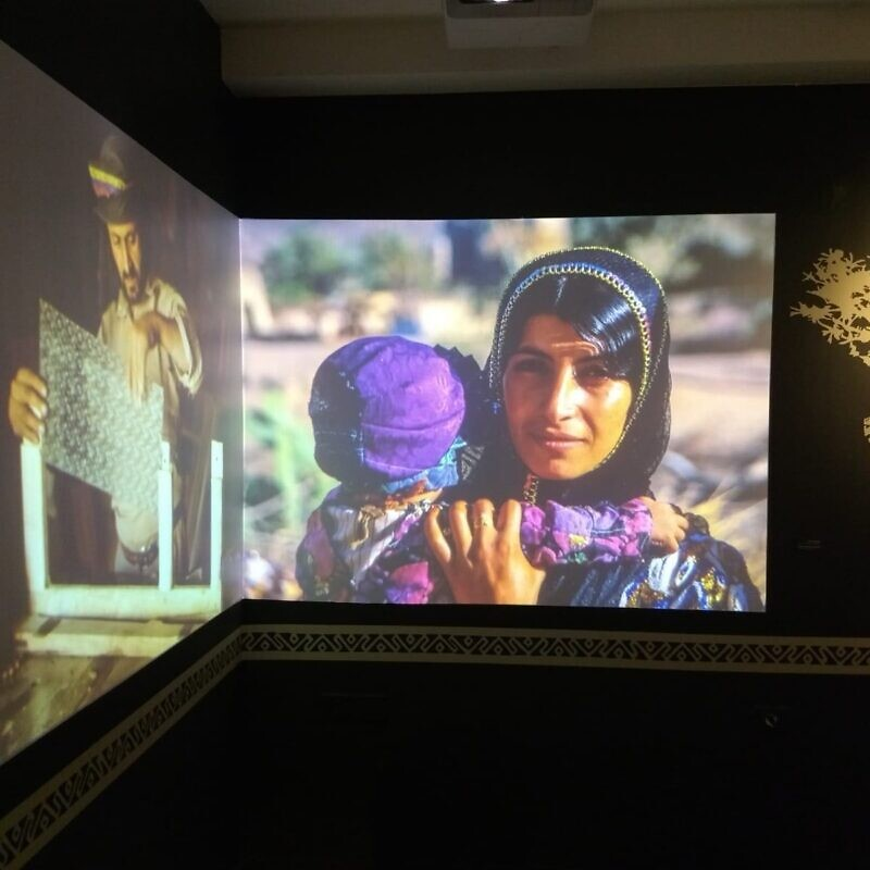 An image of a Yemenite Jew featured in a display at the museum. Photo by Sophie Gibly.