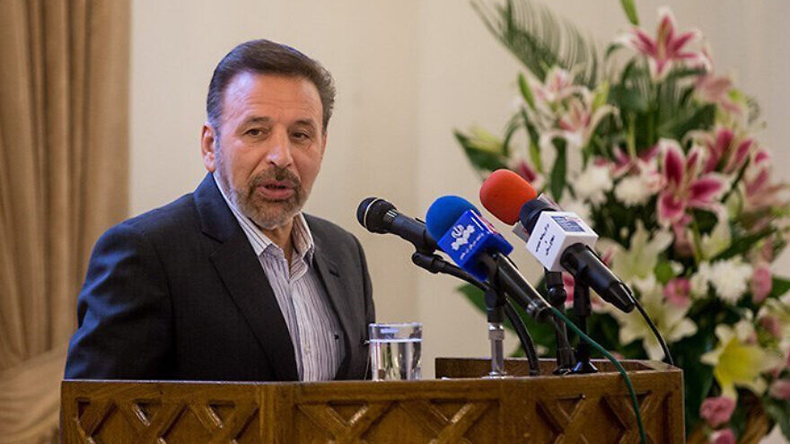 Then-Iranian Communications Minister Mahmoud Vaezi gives an address at the reopening of a museum in Iran, on Aug. 18, 2014. Credit: Tasnim News Agency via Wikimedia Commons.