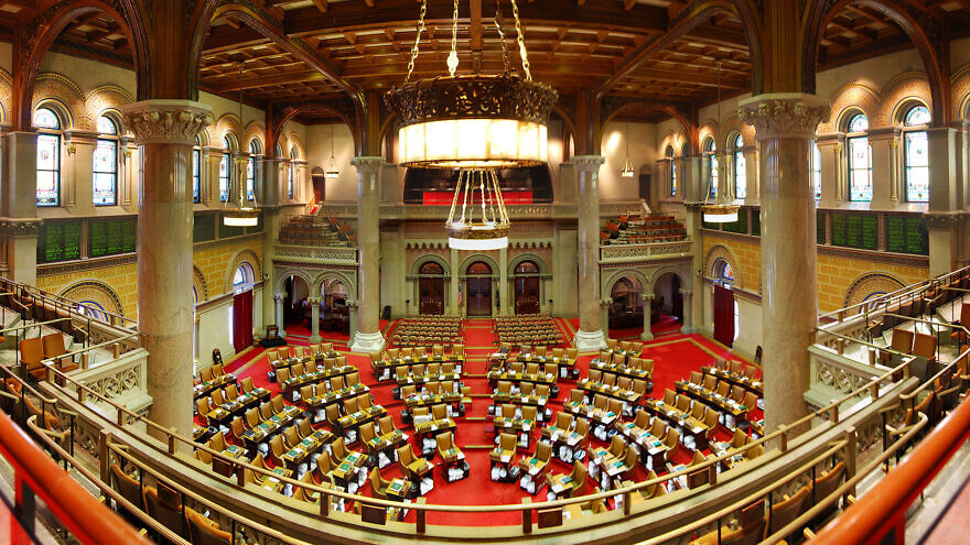 New York State Assembly chamber. Credit: Wikimedia Commons.