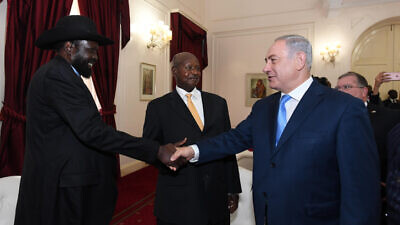 Israeli Prime Minister Benjamin Netanyahu meets with President of Uganda Yoweri Museveni in Nairobi, Kenya, on Nov. 28, 2017. Photo by Haim Zach/GPO.