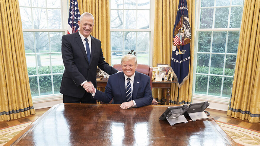 U.S. President Donald Trump welcomes Lt. Gen. (Res.) MK Benjamin Gantz, leader of Israel's Blue and White Party, to the Oval Office of the White House, on Monday, Jan. 27, 2020. Official White House Photo by Shealah Craighead.