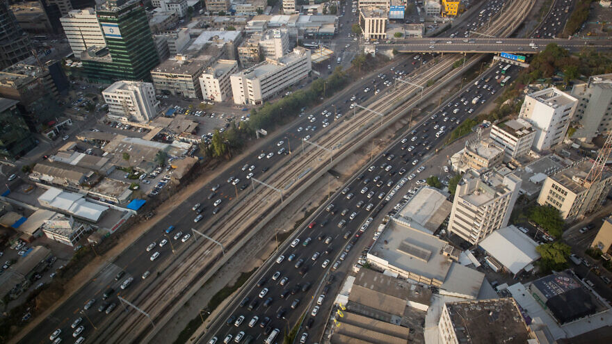 View of the Ayalon highway in Tel Aviv.  November 06, 2019. Photo by Miriam Alster/FLASH90