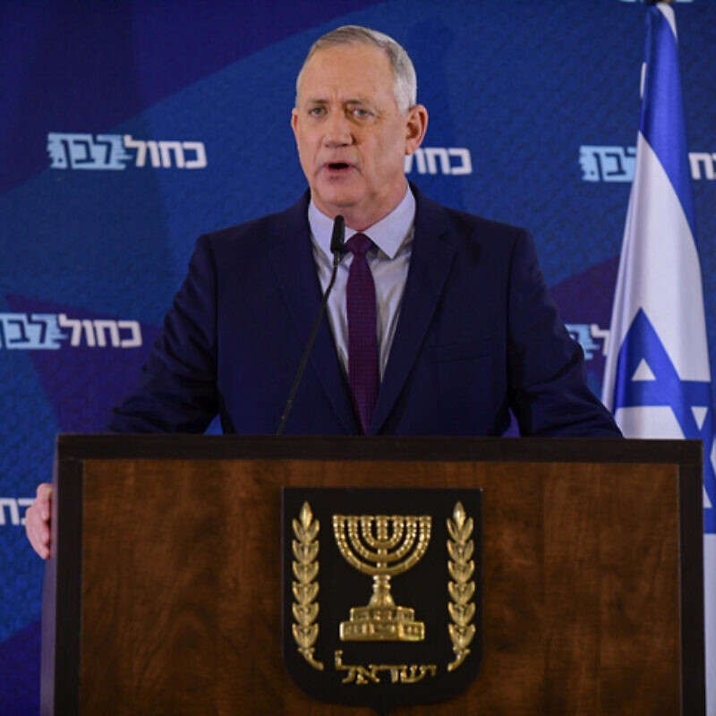 Blue and White Party Head Benny Gantz holds a press conference at the Kfar Maccabia Hotel in Ramat Gan on March 7, 2020. Photo by Tomer Neuberg/Flash90.