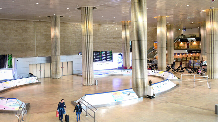 The empty arrival hall at Ben-Gurion International Airport on March 11, 2020. Photo by Flash90.