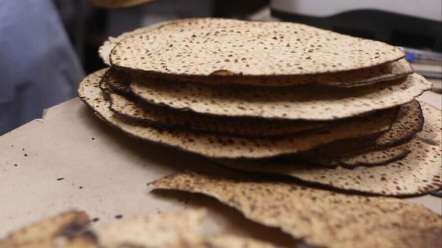 Shmurah matzah. Credit: Chabad.org.