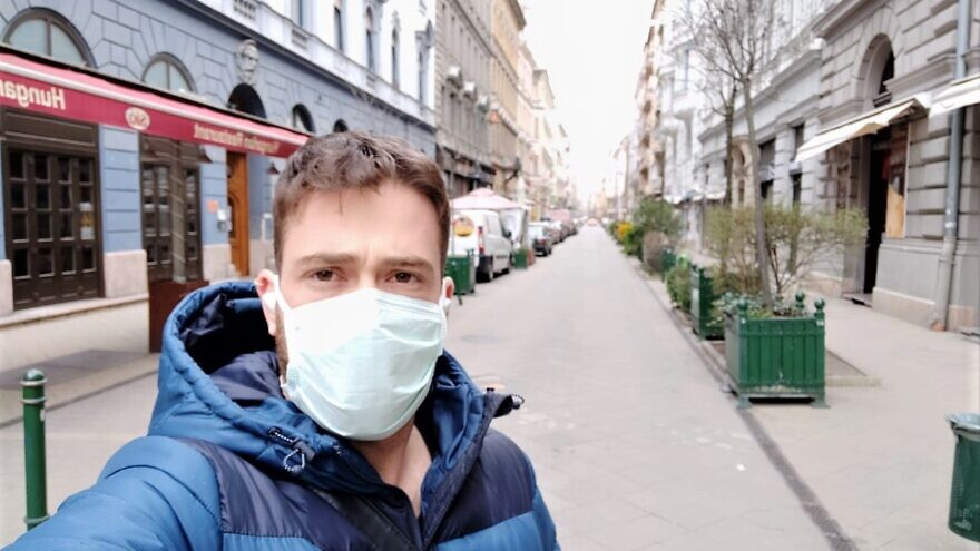 Yoav Leibowitz, 25, a medical student from Netanya who has been in Budapest for the past seven months, is scheduled to return to Israel on a special flight out of Hungary on March 26, 2020. Source: Peter Szijjarto Facebook Page.