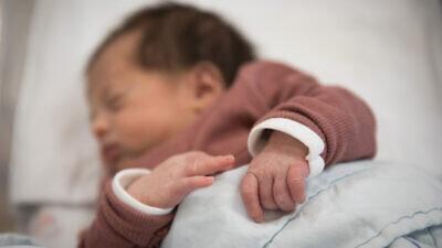 A newborn baby at the Shaare Zedek Medical Center in Jerusalem, on Oct. 29, 2018. Photo by Hadas Parush/Flash90.