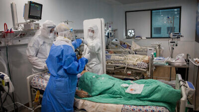 COVID-19 patients are treated in the coronavirus unit of Mayanei Hayeshua Medical Center in Bnei Brak, April 13, 2020. Photo by Nati Shohat/Flash90.