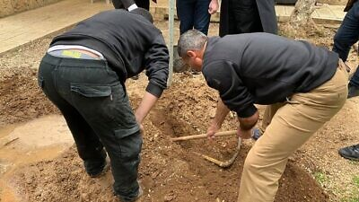 Employees of the Jerusalem Islamic Waqf conduct an unauthorized dig on the Temple Mount in the Old City of Jerusalem on March 31, 2020. Source: Screenshot.