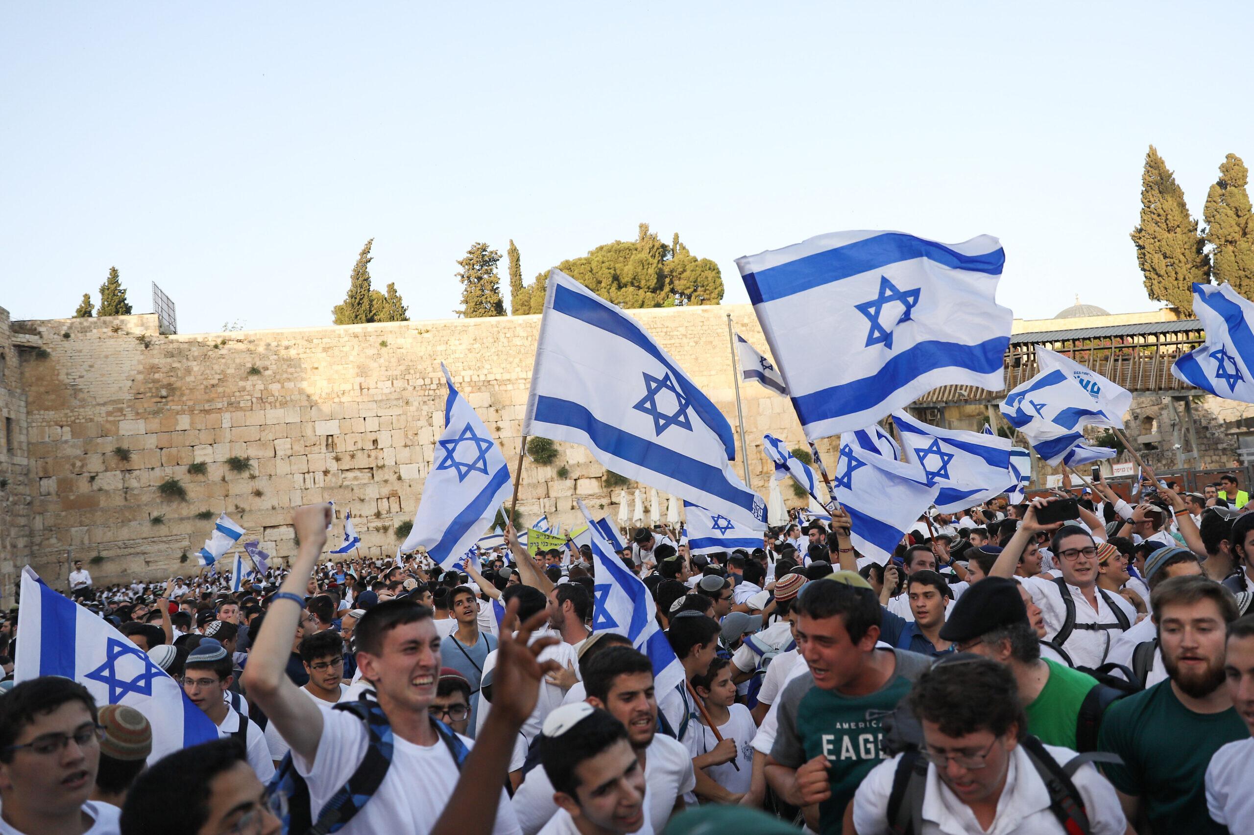 Jews celebrate Jerusalem day at the Western Wall in Jerusalem Old City during Yom Yerushalayim (Jerusalem Day), June 2, 2019. Photo by Noam Revkin Fenton/Flash90.