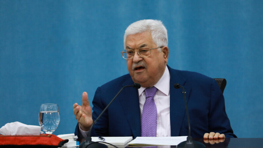 Palestinian Authority leader Mahmoud Abbas delivers a speech regarding the coronavirus outbreak, at the Palestinian Authority headquarters, in the West Bank city of Ramallah, May 5, 2020. Photo by Flash90.