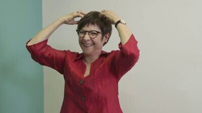 Wendy Sandler, professor of linguistics at the University of Haifa and founding director of the northern Israeli institution's Sign Language Research Lab. Source: YouTube.